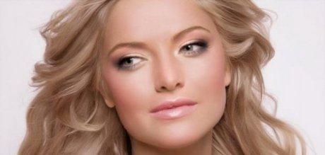 Лёгкий макияж для серых глаз